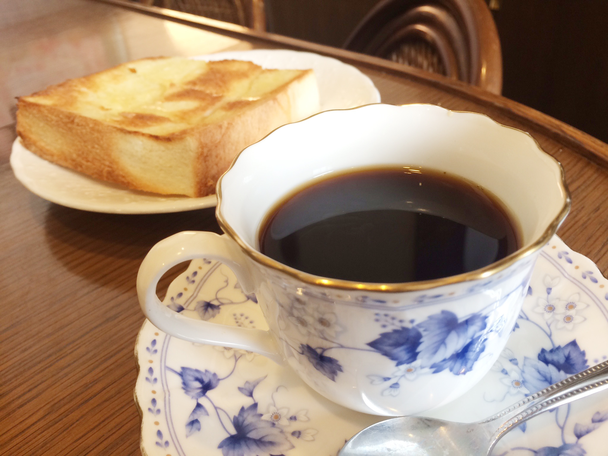 コーヒーとトースト|和雑貨カフェ花ごよみ